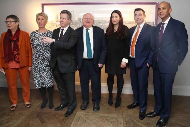 Βρετανία: – Σαν… ξερολούκουμο βλέπουν τους 7 πρώην Εργατικούς οι Φιλελεύθεροι | Newsit.gr