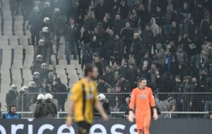 ΑΕΚ: Απολογήθηκε στην UEFA και περιμένει την απόφαση!