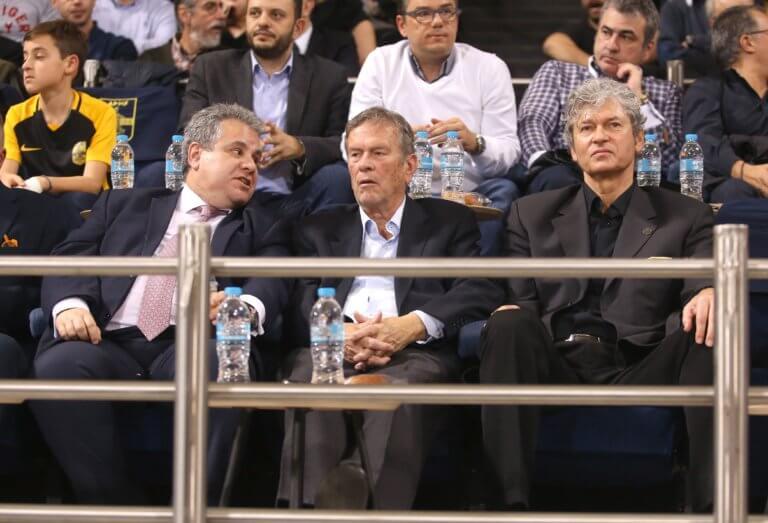 Άρης: Συγκινημένος ο Ιωαννίδης! «Αποθέωση» για την Πρωταθλήτρια ομάδα του 1979   Newsit.gr
