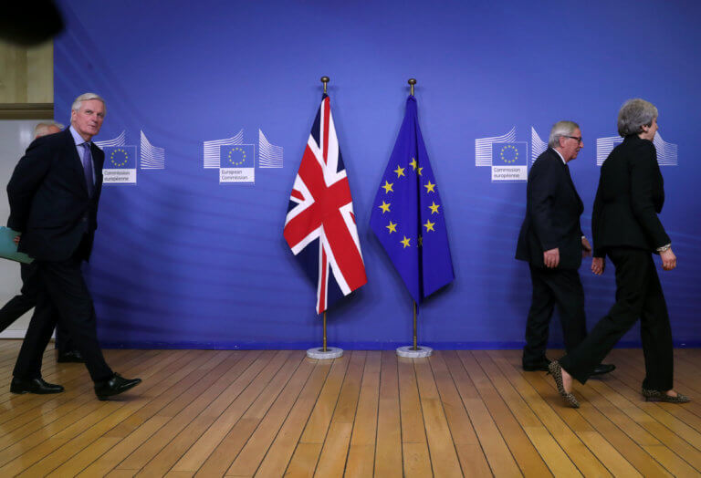 Brexit: Χωρίς συμφωνία έληξε η συνάντηση Μέι – Γιούνκερ