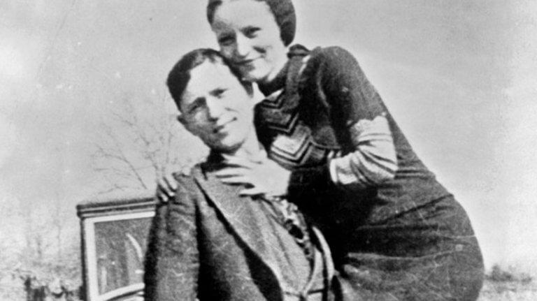 Μπόνι και Κλάιντ: Σε δημοπρασία ποιήματα (!) του διασημότερου παράνομου ζευγαριού