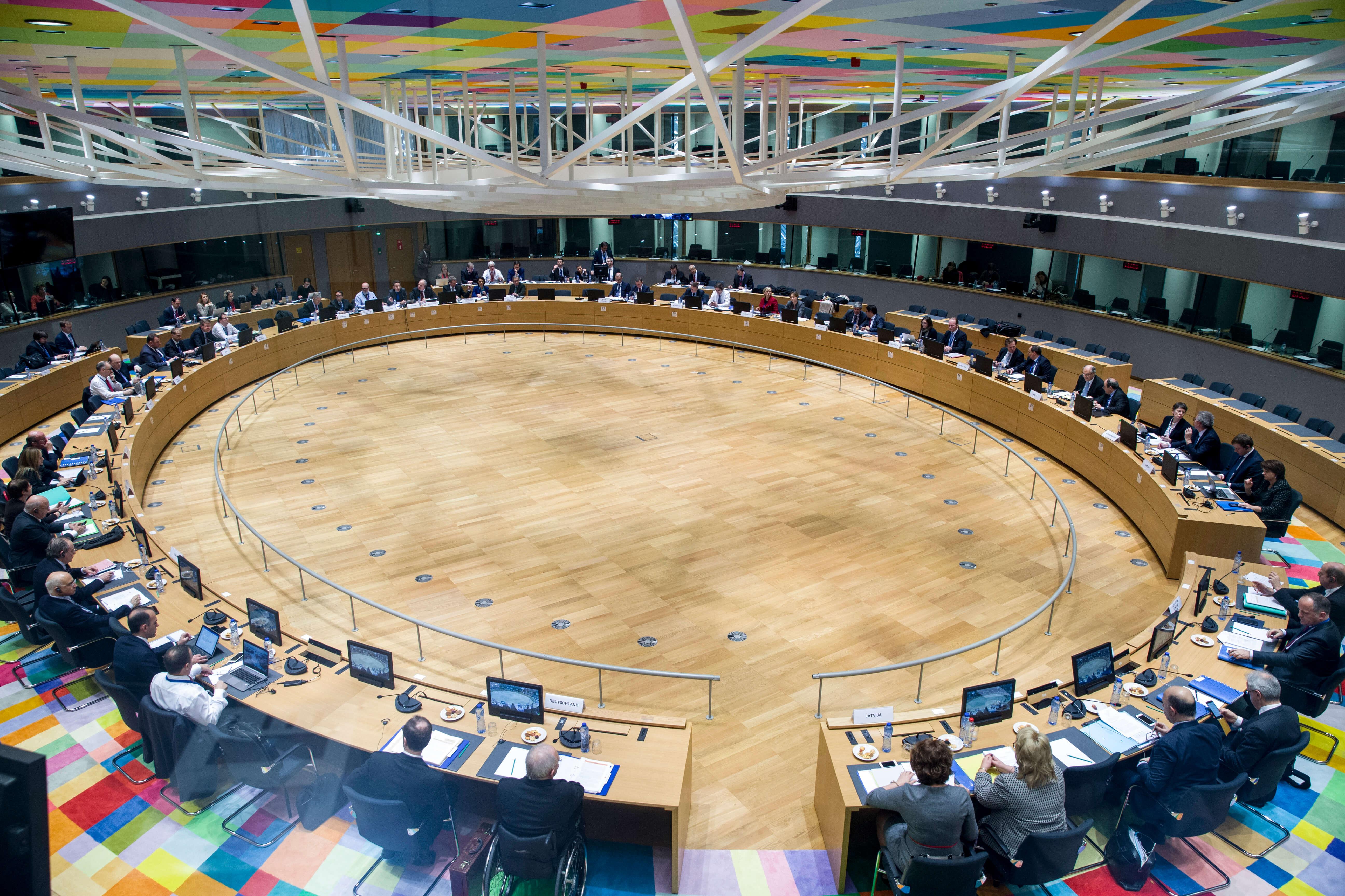 FT: Λιτότητα τέλος στην Ευρώπη