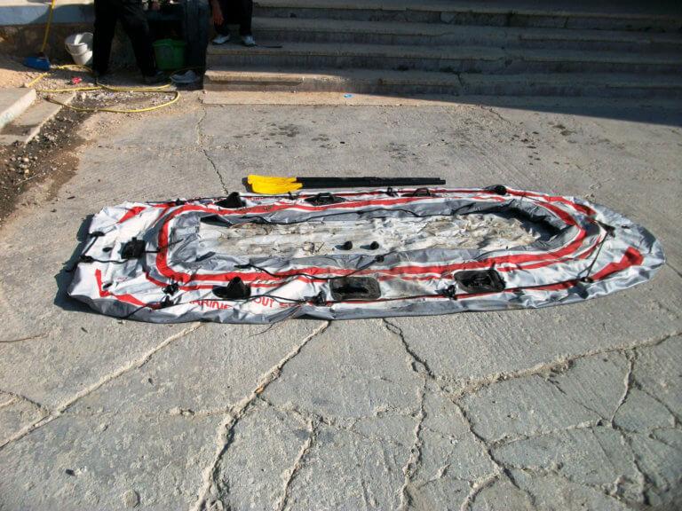 Έβρος: Θρίλερ! Έσκασε η βάρκα και βρέθηκαν στο νερό – Τέσσερις αγνοούμενοι, οι τρεις παιδιά | Newsit.gr