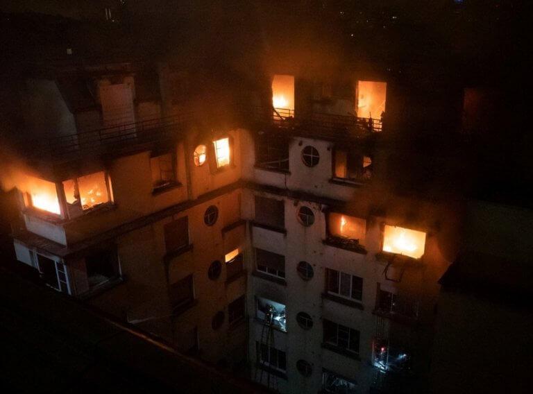 Ψυχασθενής η γυναίκα που έκαψε 10 ανθρώπους στο Παρίσι! | Newsit.gr