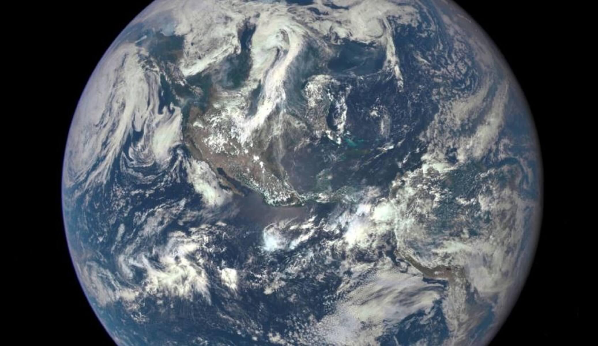Ρώσοι εντόπισαν περίεργες εκρήξεις στην ατμόσφαιρα της Γης