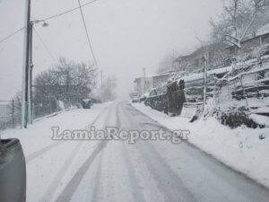 Καιρός: Η «Ωκεανίς» έριξε χιόνια και στην Ευρυτανία – Άλλαξε το σκηνικό στο Καρπενήσι [pics]