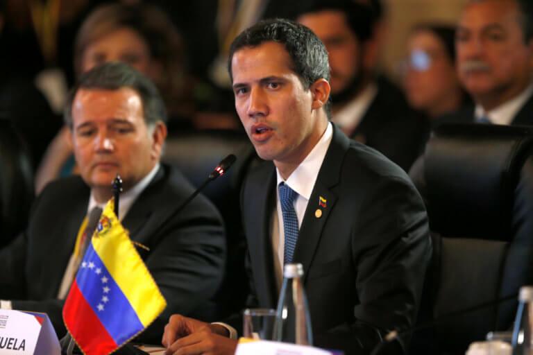 Βενεζουέλα: Διαδηλώσεις μέχρι να πέσει ο Μαδούρο θέλει ο Γκουαϊδό