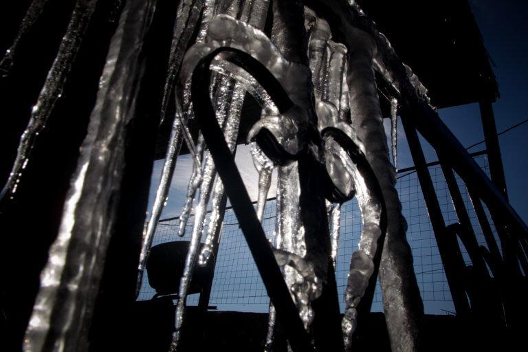 Καιρός: Η «Χιόνη» μας πήρε και μας σήκωσε – Τσουχτερό κρύο και θύελλες ως το Σάββατο | Newsit.gr