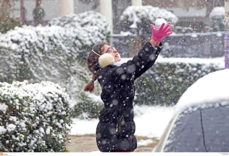 Καιρός: Χιόνια, καταιγίδες, παγωνιά και πολλά μποφόρ την Κυριακή