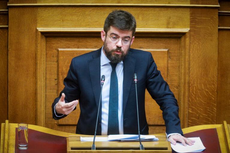 Καλογήρου για ΝΔ: Μετά την «σκευωρία» για τον Νίκο Γεωργιάδη επανήλθε στην «σκευωρία» για την Novartis | Newsit.gr