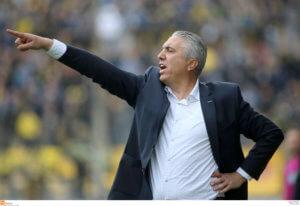 Επέστρεψε στην ΑΕΚ ο Νίκος Κωστένογλου!
