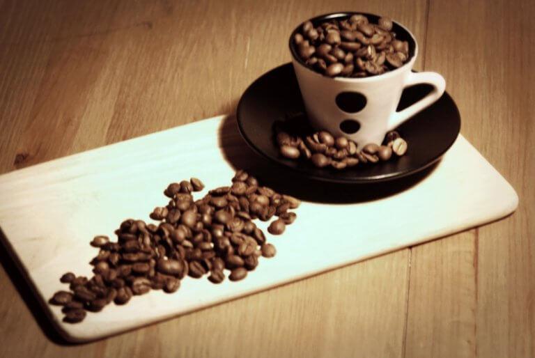 Τo απίστευτο κόλπο ιδιοκτήτη καφέ για να πείσει τους πελάτες του να είναι ευγενικοί | Newsit.gr