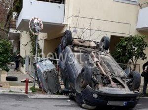 Εντυπωσιακές φωτογραφίες από τουμπαρισμένο αυτοκίνητο στην Καλογρέζα!