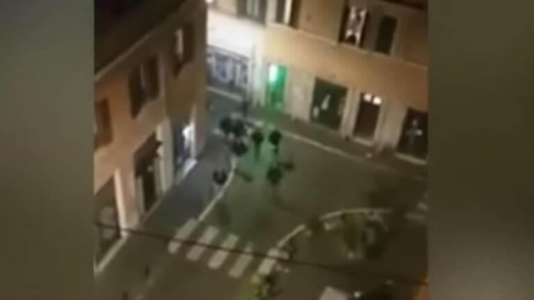 Λάτσιο – Σεβίλλη: Μαχαιρώματα οπαδών στη Ρώμη! video