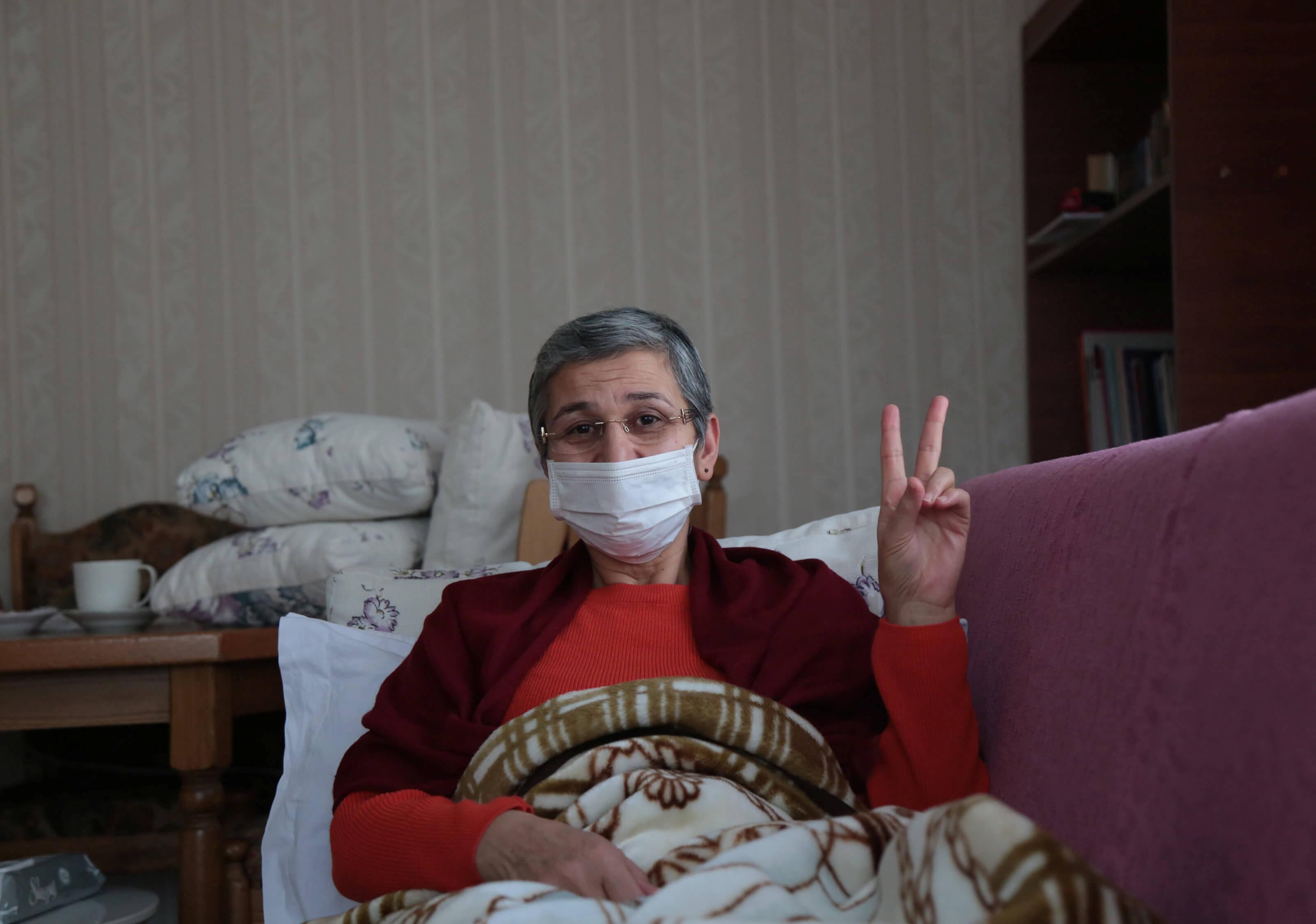 Τουρκία: Κάθειρξη 22 ετών για τρομοκρατία στην πρώην Κούρδισσα βουλευτή Λεϊλά Γκιουβέν