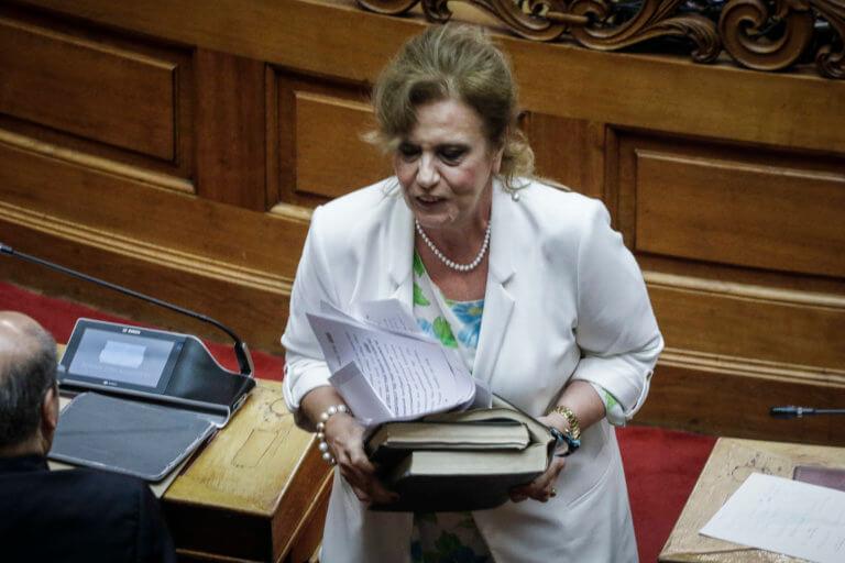 Μεγαλοοικονόμου: Έσπασε το εμπάργκο στον ΣΚΑΙ και απειλεί να φύγει από τον ΣΥΡΙΖΑ