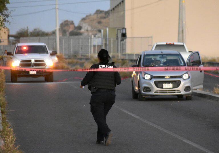Απίστευτη φρικαλεότητα: Πέταξαν το κομμένο κεφάλι της στο δρόμο! – video | Newsit.gr