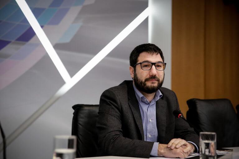 Ηλιόπουλος: Δεν μπορεί ένας άνθρωπος να φοβάται να κυκλοφορήσει στην πόλη του