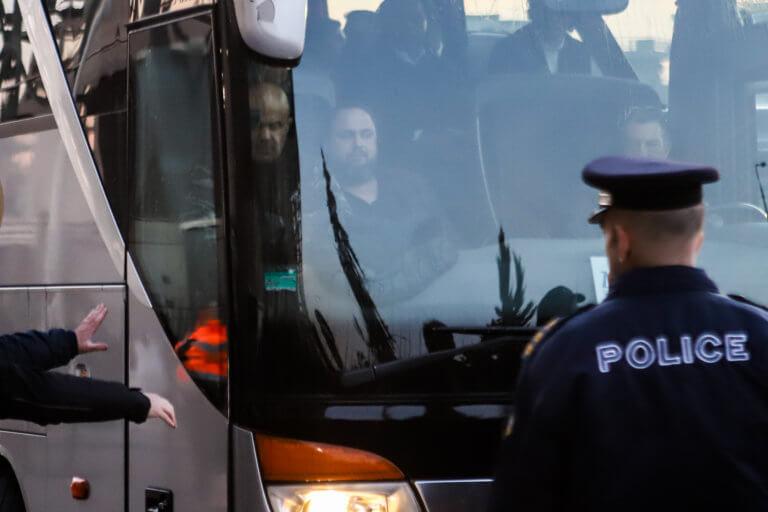 ΠΑΟΚ – Ολυμπιακός: «Ερυθρόλευκες» καταγγελίες για ρίψη μπουκαλιών και… παρενόχληση!   Newsit.gr