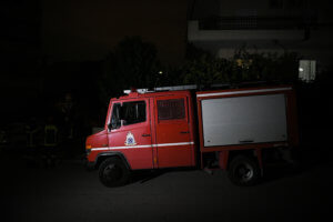 Θεσσαλία: Πυρκαγιά σε στέγη σπιτιού στον Τύρναβο