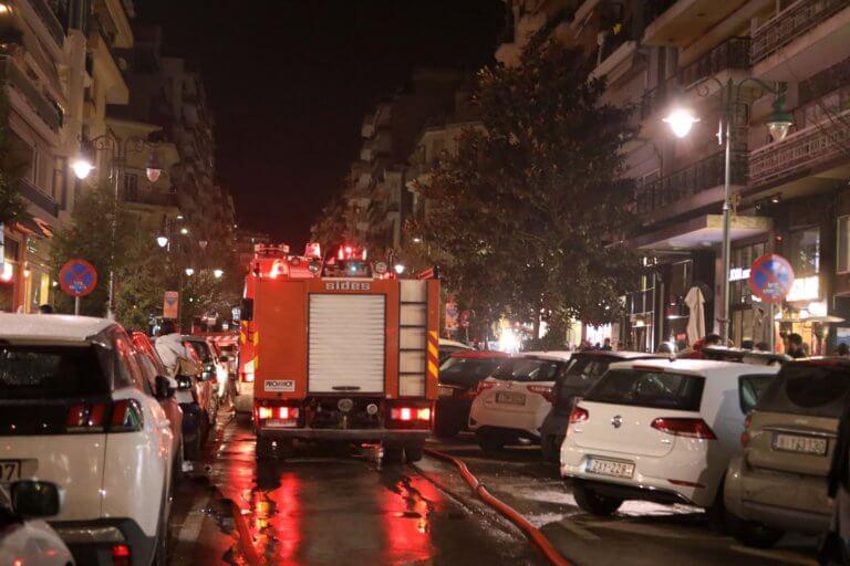 Νέα Ιωνία: Φωτιά σε διαμέρισμα πολυκατοικίας – Αγωνία για μία γυναίκα! | Newsit.gr