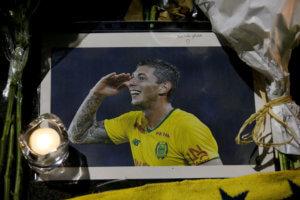 UEFA: Ενός λεπτού σιγή για τον Εμιλιάνο Σάλα!