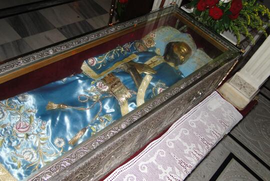 «Το εξιτήριο δεν το υπογράφει γιατρός, αλλά ο Άγιος Ιωάννης ο Ρώσος» | Newsit.gr