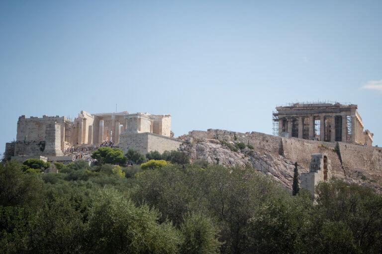 «Ξύπνησε» το ΚΑΣ για τα 10όροφα κτίρια που «εξαφανίζουν» την Ακρόπολη | Newsit.gr
