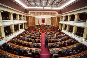 Η Αλβανία επικύρωσε το πρωτόκολλο ένταξης της Βόρειας Μακεδονίας στο ΝΑΤΟ