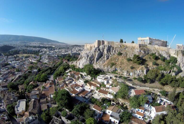Αναφιώτικα: Ένα «νησάκι» με 45 σπίτια στα πόδια της Ακρόπολης   Newsit.gr