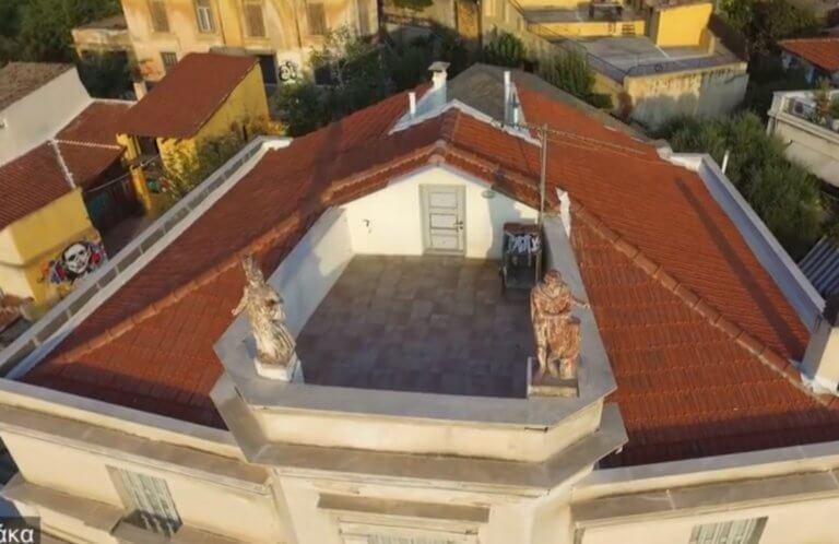 """Αναφιώτικα: Ένα """"νησάκι"""" στα πόδια της Ακρόπολης – Εικόνες που μαγεύουν"""