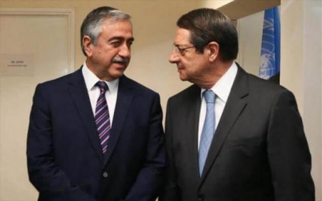 """""""Τρέχουν"""" οι εξελίξεις στο Κυπριακό – Εντός ημερών οι επαφές Αναστασιάδη και Ακιντζί"""