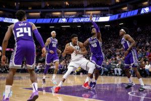 NBA: Γράφουν ιστορία οι Μπακς του Αντετοκούνμπο! Άλωσαν και το Σακραμέντο – video