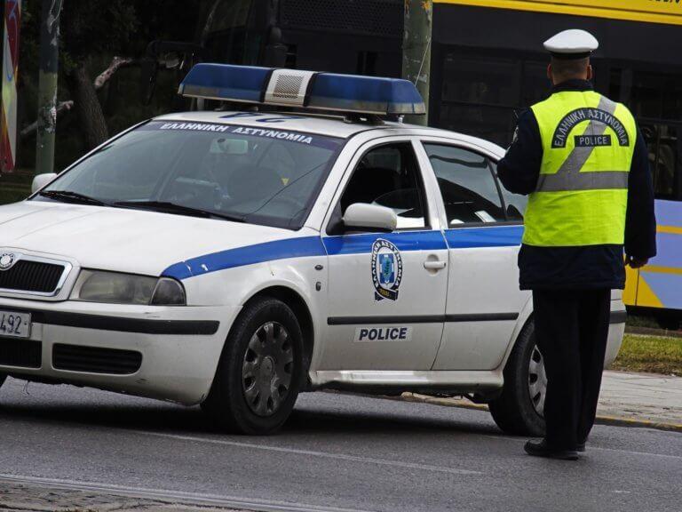 Συναγερμός στην Αστυνομία: Επίθεση αγνώστων σε τράπεζα στην Κάνιγγος – Τρικάκια στο ρωσικό προξενείο