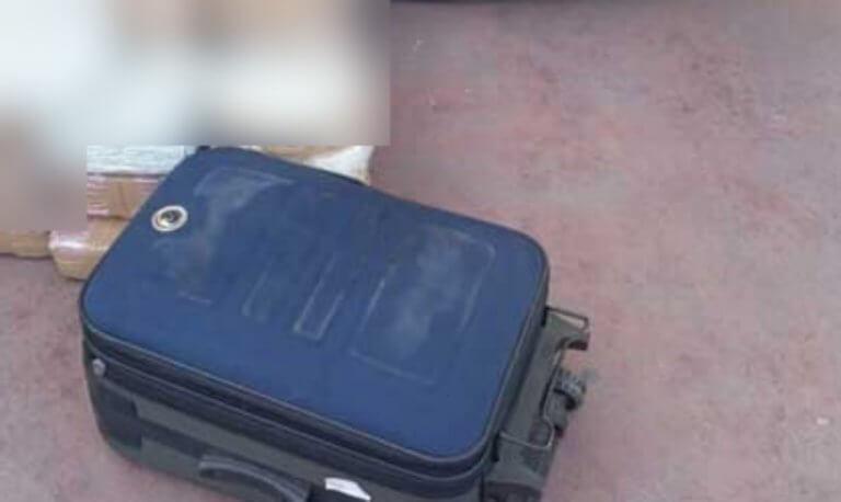 Άρτα: Άνοιξαν τις βαλίτσες και είδαν μέσα αυτή την εικόνα – Στο φως τα «ένοχα» μυστικά τους [pic] | Newsit.gr
