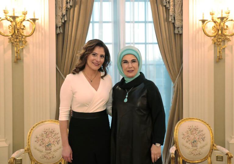 Η θερμή ανάρτηση της Εμινέ Ερντογάν για την Μπέτυ Μπαζιάνα   Newsit.gr