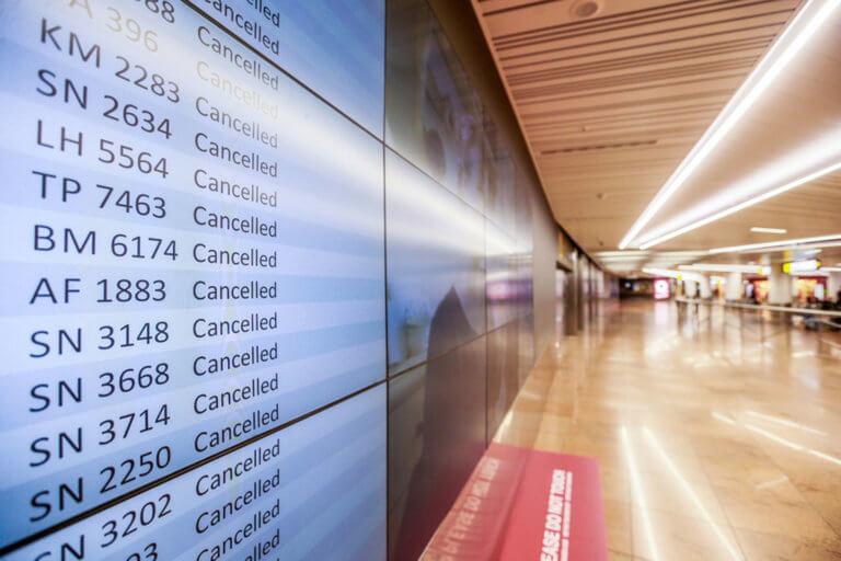 Αποκομμένο το Βέλγιο από την απεργία στα αεροδρόμια | Newsit.gr