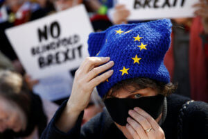 "Brexit: Προκαλούν οι Εργατικοί! ""Ζήτημα εβδομάδων για εμάς μια συμφωνία με την ΕΕ"""