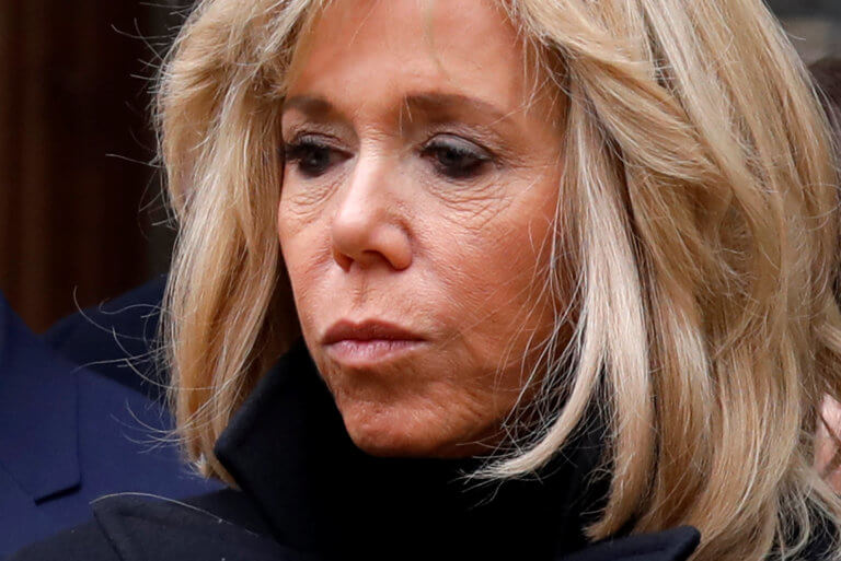 Στα άδυτα του Ελιζέ! Βιβλίο – φωτιά για την Μπριζίτ Μακρόν – Γιατί οι σύμβουλοι του Προέδρου την θέλουν νεκρή!   Newsit.gr