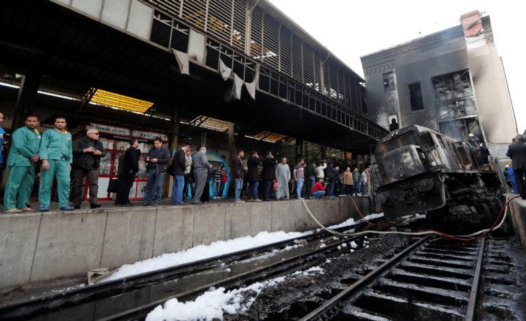 Κάιρο: Πάνω από 20 οι νεκροί από την πυρκαγιά στον σιδηροδρομικό σταθμό | Newsit.gr