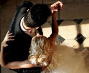 """Χαλκίδα: Πρώτη δικαίωση για τον… """"δίγαμο"""" γιατρό – Απορρίφθηκε η μήνυση της πρώην αγαπημένης του – video"""