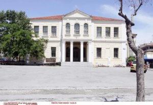 Βέροια: Πυροβολισμοί στο δικαστικό μέγαρο – Σφαίρα καρφώθηκε στην οροφή εισαγγελικού γραφείου!