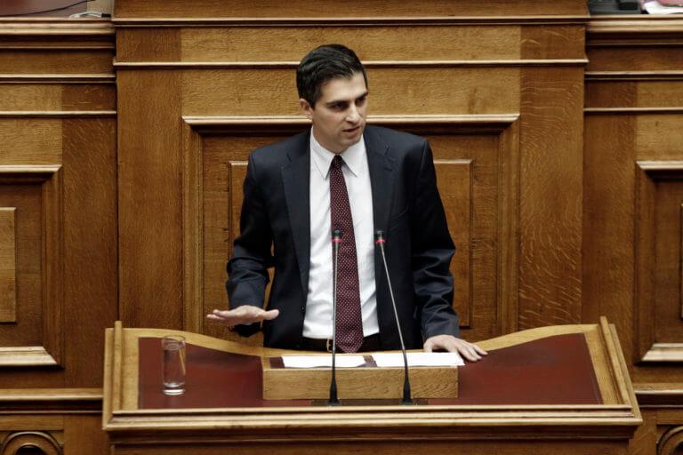 Δήμας: Είστε υποκριτές! 41 Βουλευτές του ΣΥΡΙΖΑ έχουν σπουδάσει σε πανεπιστήμια του εξωτερικού | Newsit.gr