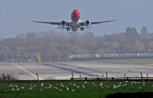 CNBC: Drones θα φυλάνε και τα ελληνικά αεροδρόμια!