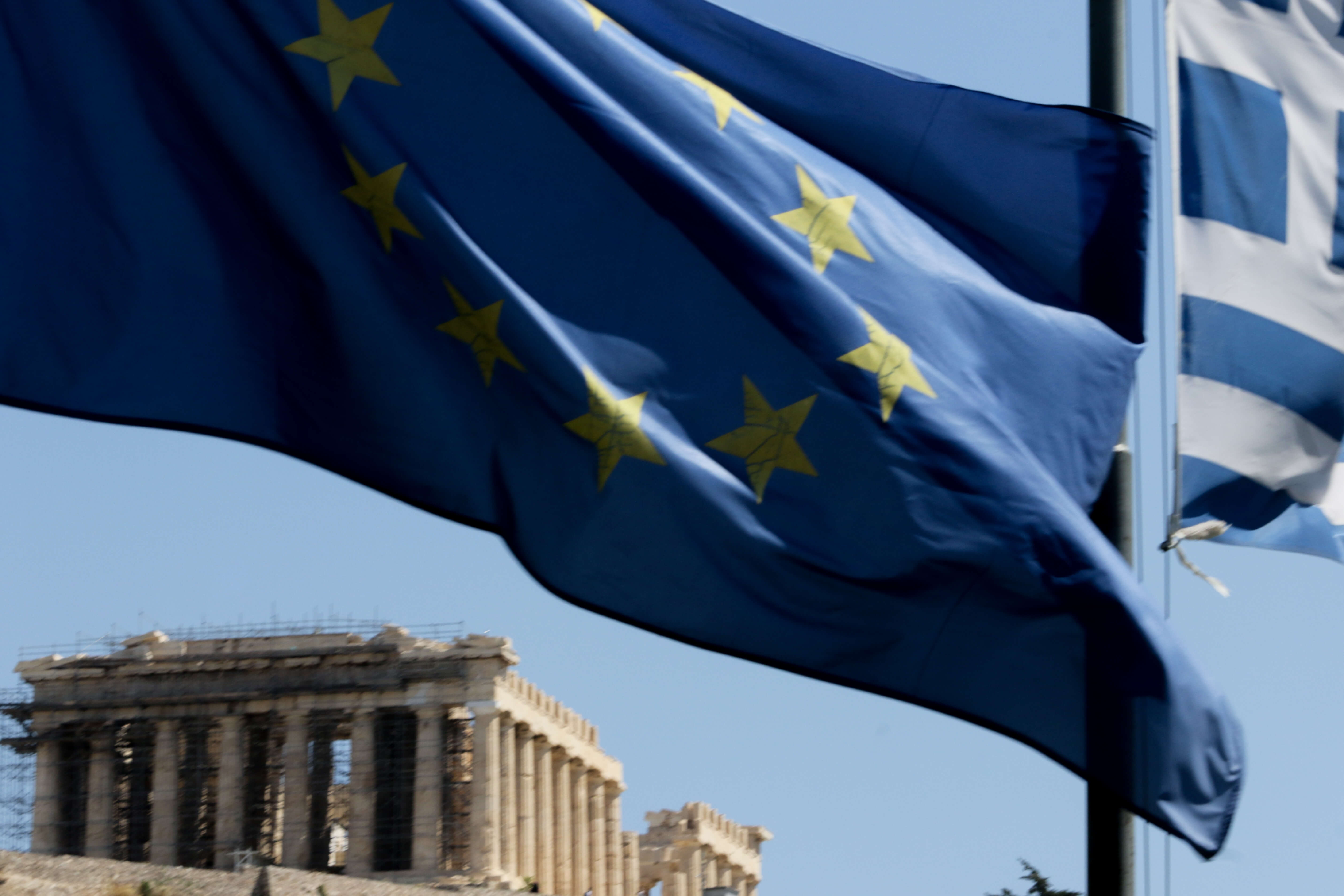 CNBC: Κίνδυνος να μην πάρει η Ελλάδα νέα χρηματοδότηση – Καθυστερήσεις στις μεταρρυθμίσεις