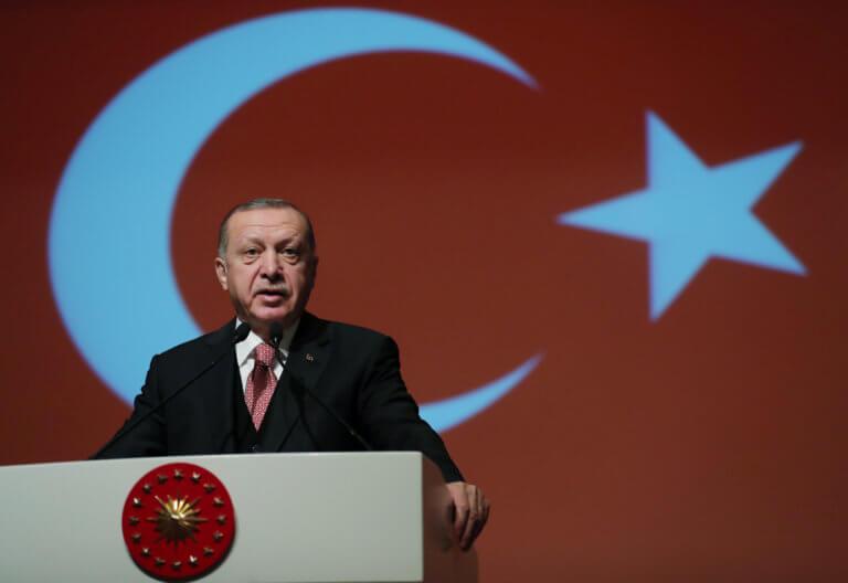 Ο Ερντογάν υπόσχεται φτηνές ντομάτες και πιπεριές ενόψει εκλογών! | Newsit.gr