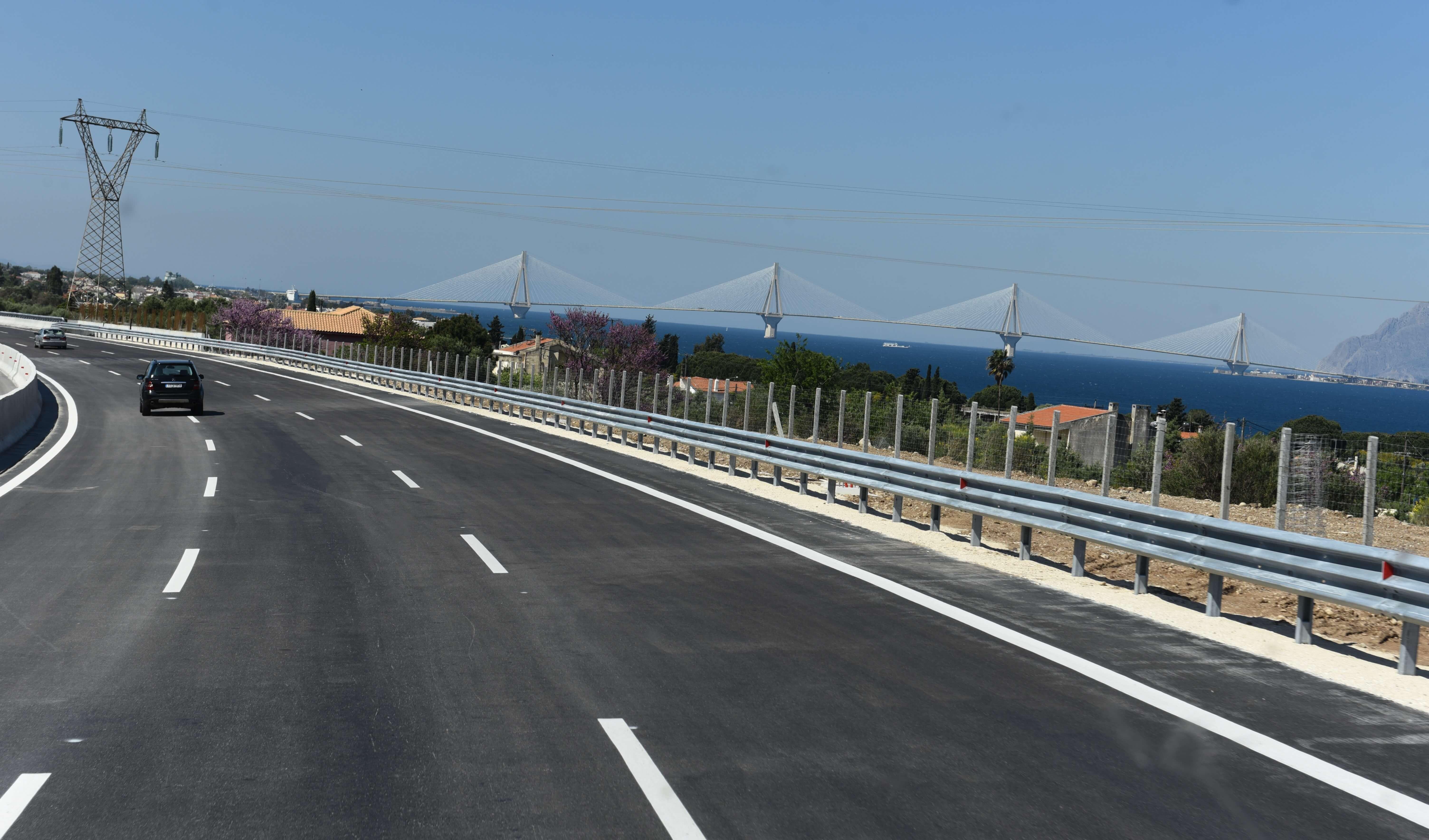 """Πάτρα: """"Μεταμορφώνουν"""" την εθνική οδό προς Πύργο – Τα έργα που βρίσκονται σε εξέλιξη!"""