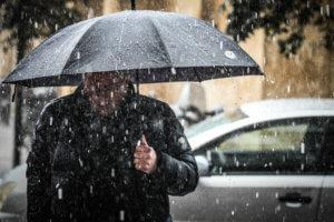 Καιρός: Το χαλάζι «φεύγει» και έρχεται το χιόνι – Προβλήματα από τη νέα κακοκαιρία