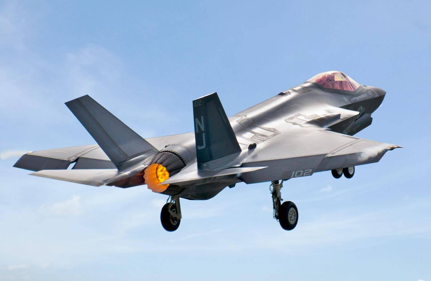 """Το Πεντάγωνο ψάχνει 16 δις δολάρια για να """"σώσει"""" το """"τζούφιο"""" F-35!"""