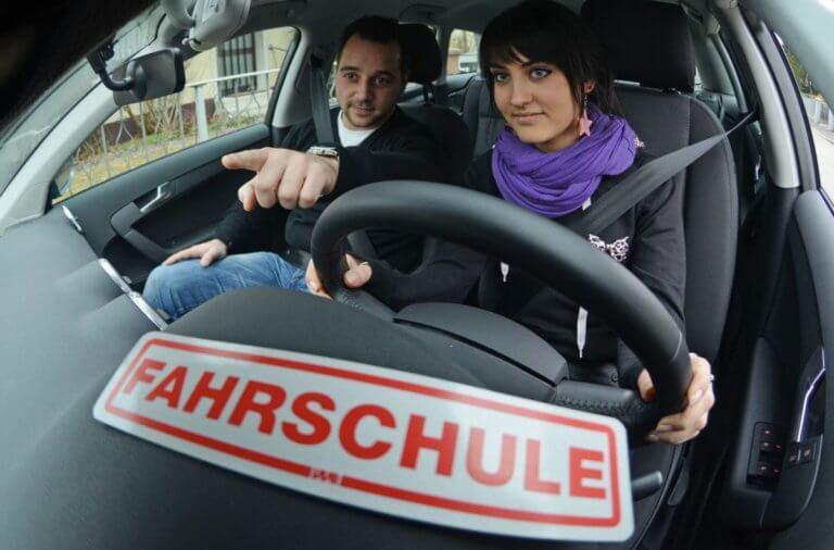 Γερμανία: Πάνω από το 30% των υποψήφιων οδηγών κόβεται στις εξετάσεις